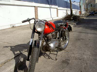Gilera 150 SS 1958 Roja Frente
