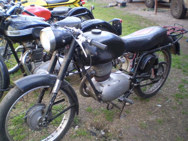 Gilera 150 Negra