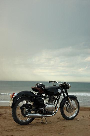 Gilera Giubileo en la playa